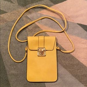 purse/passport/wallet